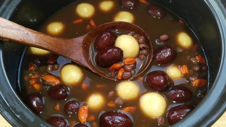 天冷手脚冰凉,牢记这道汤,益气补血又养胃,喝上一碗从头暖到脚