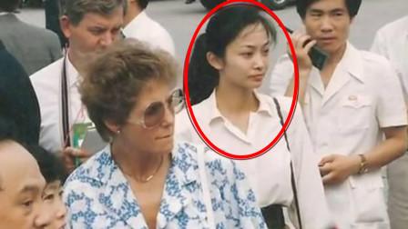 她是中国第一女保镖,年过50依然单身,只因睡觉习惯让人难接近