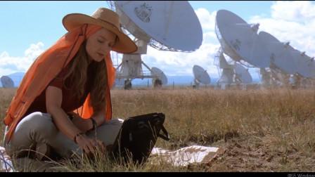 豆瓣8.4,这部22年前的经典科幻片吊打星际探索!超时空接触,女博士收到外太空的神秘信号!后引起世界轰动