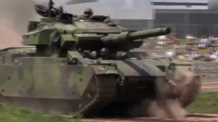 """孤独的老兵,""""百夫长""""主战坦克重见天日,霸气依旧!"""