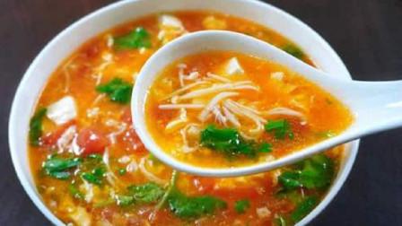 看似简单的番茄豆腐羹,原来也有技巧,方法简单,做出来汤鲜味美