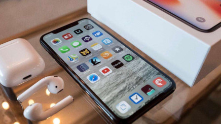 """12月13日!""""中国的IPhone""""爆出大料?网友:疯狂裁员后的重生?"""