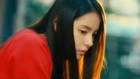 韩国喜剧《阳光姐妹淘》,校花遭别人嫉妒,还被当众