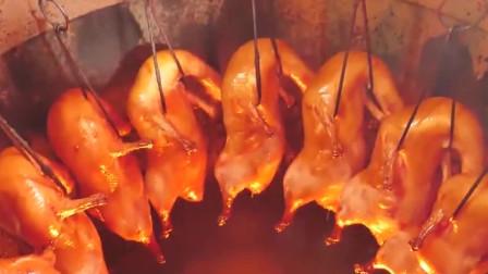 吃货老外远赴成都体验美食,川菜金牛区琳琅满目,新鲜烧鹅大块吃才过瘾