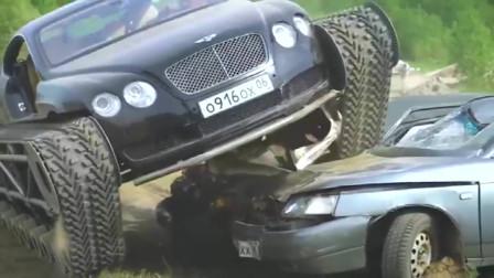 """小伙给宾利换上""""坦克""""底盘,直接碾压两辆车,这动力真牛!"""