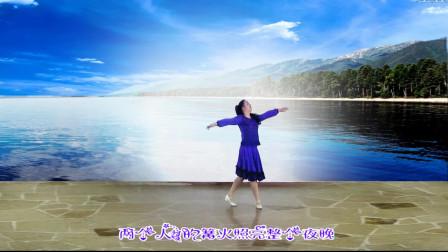 经典歌曲《贝加尔湖畔》,配上大妈优美的舞姿,简直让人大饱眼福