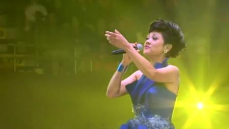 叶丽仪《上海滩》,唱出了当年上海滩的风云变幻,至今无人超越!