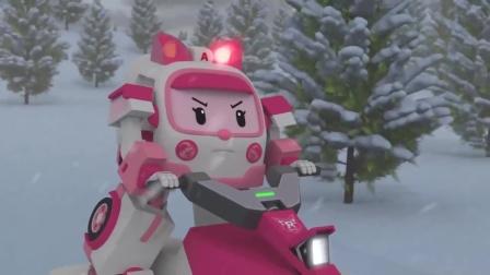 变形警车珀利 :山上的积雪掉落,把比特他们埋在了雪堡里