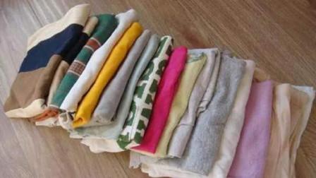 旧衣服太多不知道怎么处理?教你剪个长方形缝个圈,天冷超实用