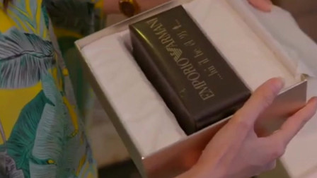 铁石心肠2019:石拉送女主姐姐最喜欢味道的香水