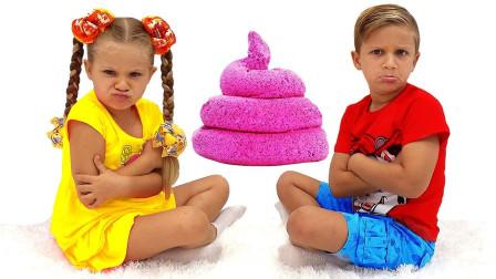 咋回事?萌宝小萝莉跟小正太为何都不开心呢?趣味玩具故事