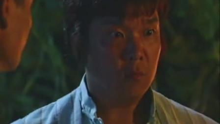 林正英施法利用大公鸡抓蛇妖, 原来鸡和蛇还有这段故事