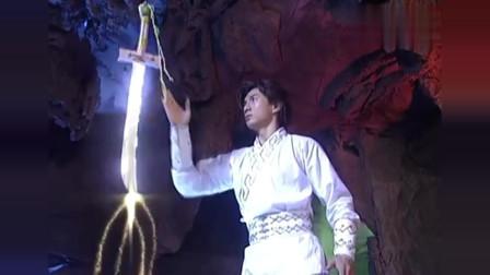 萧十一郎:割鹿刀的秘密已经解开,任何武器都被割鹿刀化为粉末