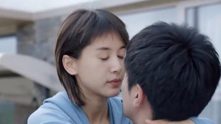 第二次也很美:安安跟许朗撒娇了,结果许朗身不由已甜蜜热吻安安