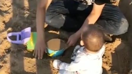 实力宠孙!姥爷买40吨沙子给外孙女玩
