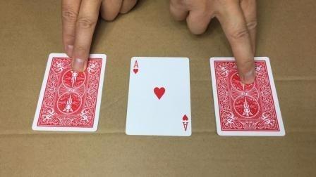 街头猜三张牌魔术,怎么猜都猜不中,背后揭秘原理很简单的!
