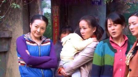 三个女人一台戏,这么多女人,就算是村主任也挡不住啊