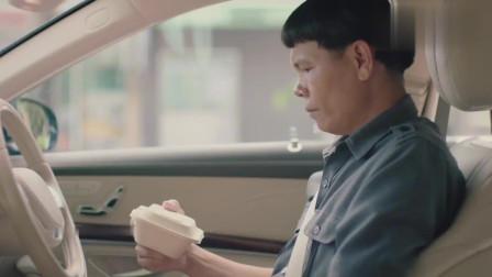 泰国走心广告:有的商人看到的是赚钱,有的百姓看到的是奉献