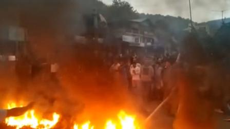 印度反公民身份法(修正案)骚乱升级!警方攻入大学逮捕示威者