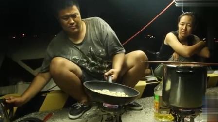 侣行:270在日本煎锅贴,再配上神户牛肉看得直流口水