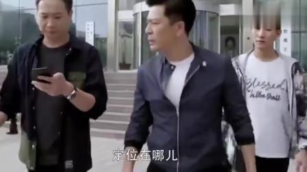 走火:毒枭整容成陌生人,假扮义工去看自己老爸,心里不是滋味!