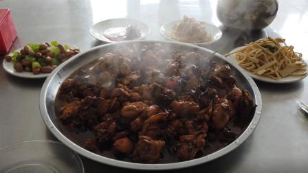 美食之旅来到山东邹平,尝一下这里台子火烧和青阳炒鸡味道怎么样