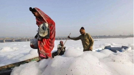 全球最白的河,全年漂着白色泡沫,网友:可以洗个天然泡泡浴