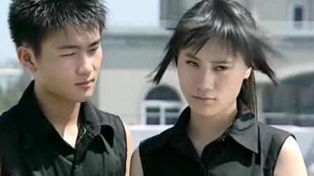 火力少年王:胡小勇被两个神秘人挑衅,不料最后一句话才是经典
