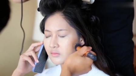 泰国女孩素颜还不错,化上新娘妆,美得很惊艳人