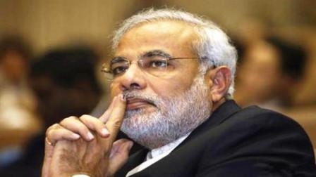 印度暴力骚乱升级,警方与示威者爆发冲突,莫迪指责有黑手介入