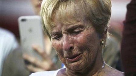 中国住了三年的混血孙女,回国之后,最爱她的奶奶一下崩溃了!