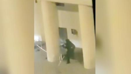 俄罗斯联邦安全局发生枪击案致1死5伤 枪手持AK步枪