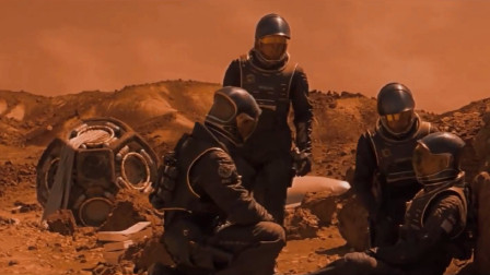 人类在火星种植绿藻,却引出奇怪的生物,速看电影《红色星球》