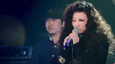 她是中国摇滚第一女生,一开口嗨翻全场,邓紫棋都看呆了