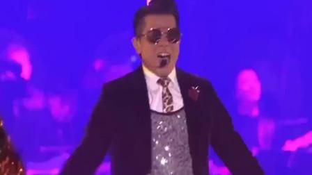 郭富城这首歌真的太劲爆了,现场超经典,亚洲舞王名不虚传!