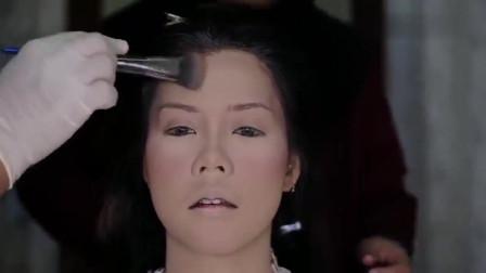 30多岁的妇女平时都不爱化妆,画个新娘妆后,变身优雅美女