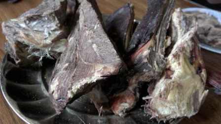 青海草原自然风干的牦牛肉,传统制法,极富营养价值