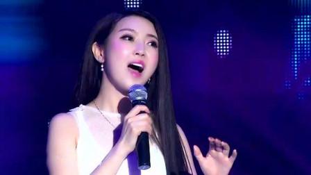这首歌被杨钰莹重新唱火之后,任妙音再次翻唱,没想到更加好听