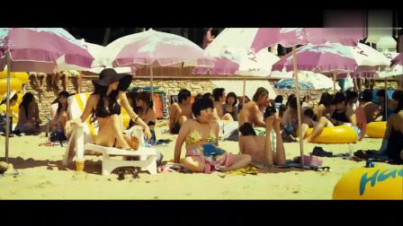 美女海边度假,被招惹之后暴躁反击!