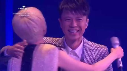 陈慧娴、李克勤现场版经典歌曲《月半小夜曲》回忆!