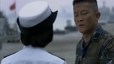 火蓝刀锋:在水下给美女教官做十分钟人工呼吸,蒋小鱼咋这么能吹