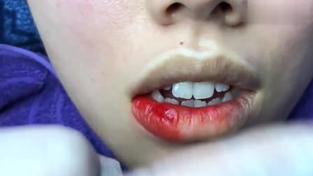 妹子嫌嘴唇太苍白了,去美容院做个纹唇,瞬间颜值都提升了
