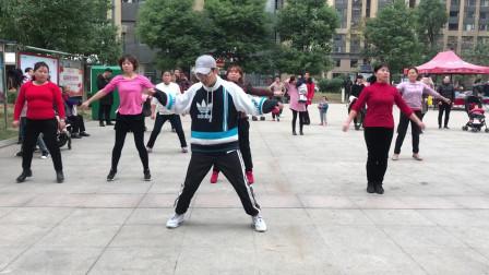 鬼步舞基础《米字步》,动作简单好看,每天跳一跳,健康又美妙