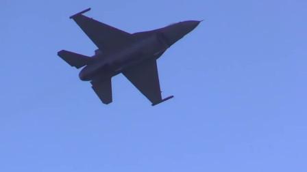 航展上的F-35和F-16,各有千秋
