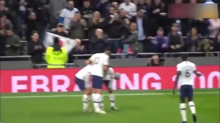看到孙兴慜一条龙进球后穆里尼奥的反应 替补席反应