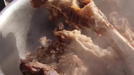 圣诞美食攻略-没有什么能比一大锅羊蝎子更能温暖自己的心了!