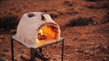 男子制作一个骷髅烤炉,拿到荒郊野外去烤披萨,真是会享受啊