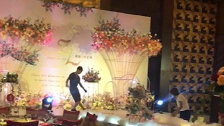 广州爱丁堡婚庆培训花艺装饰现场布置教程