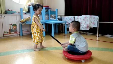 适合幼儿园小班萌宝的互动小游戏锻炼体质拉进互动很有必要哦