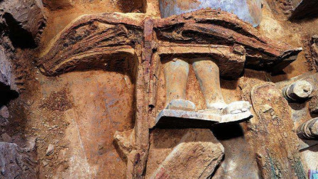 专家挖出最完整古代武器,专家:射程或是AK47两倍